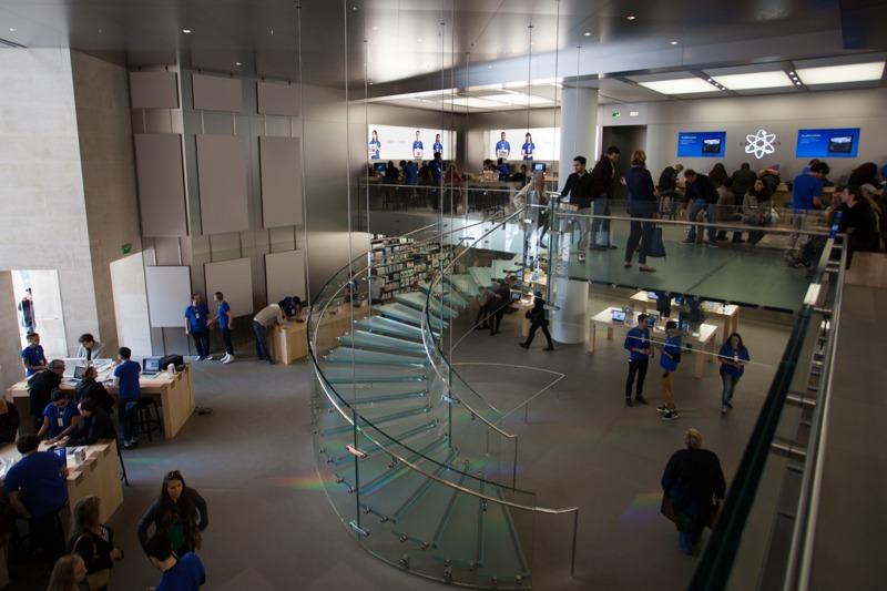 Intérieur de l'Apple Store