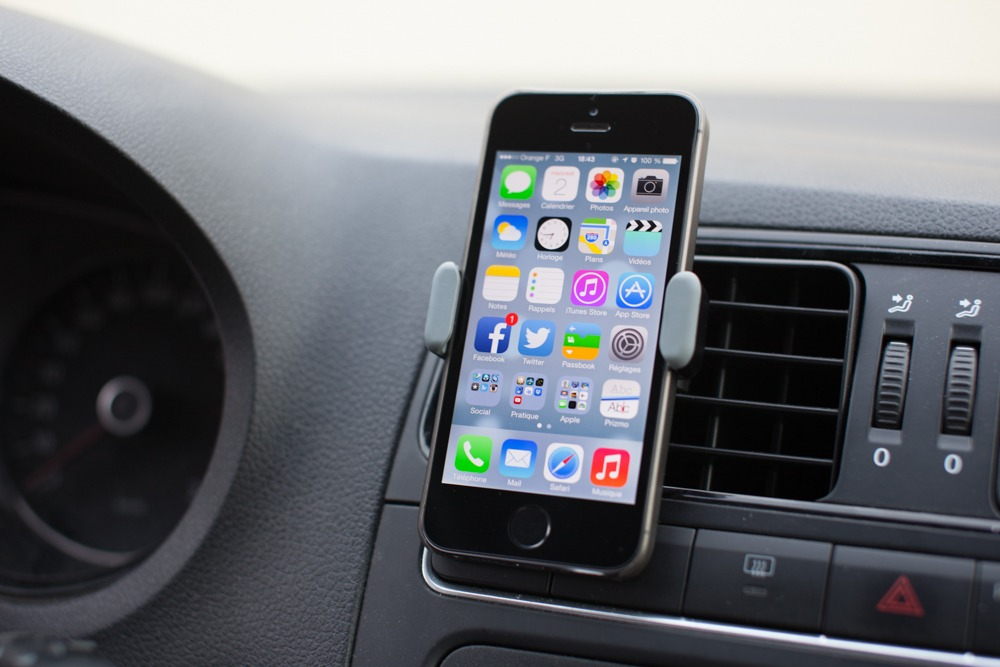 test d 39 un support voiture pour l 39 iphone 5s antoine guilbert