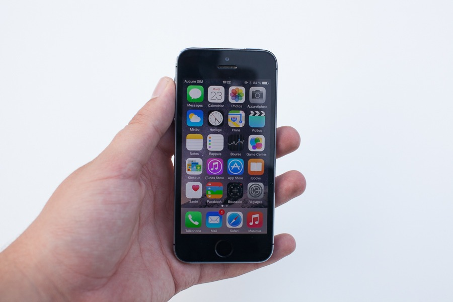 iphone-5s-en-main