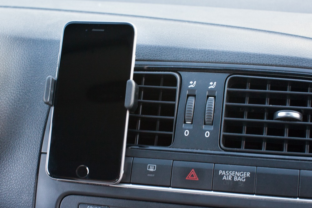 test-support-iphone-6-voiture
