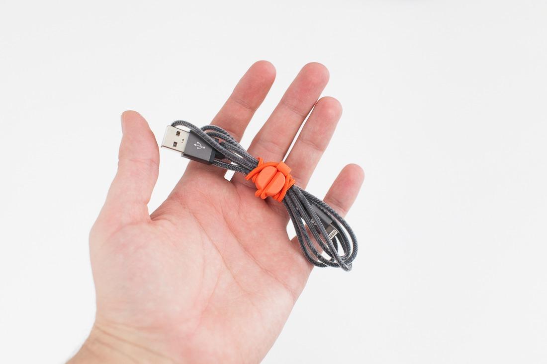 utilisationc-cable-lightning-pixi-bluelounge