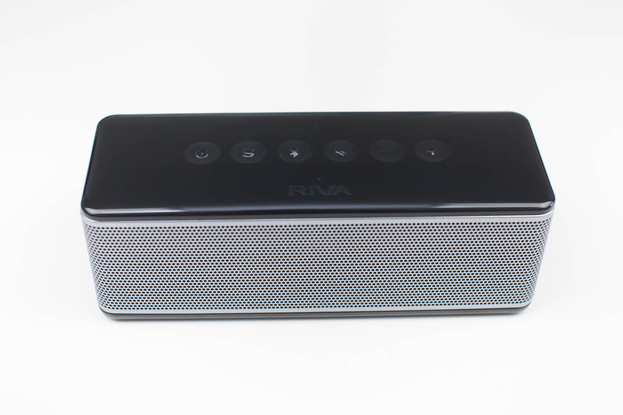 design-enceinte-bluetooth-riva-s-audio
