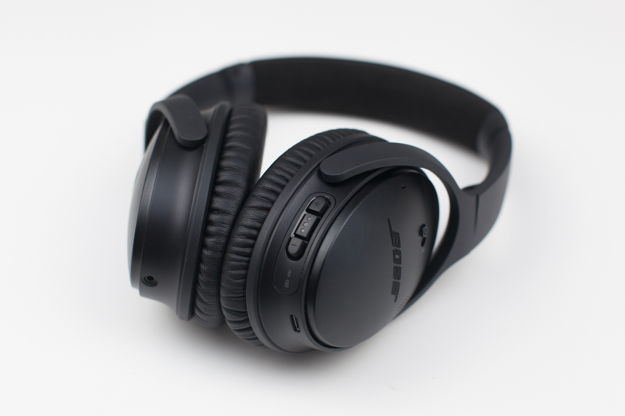 design-casque-qc35-2